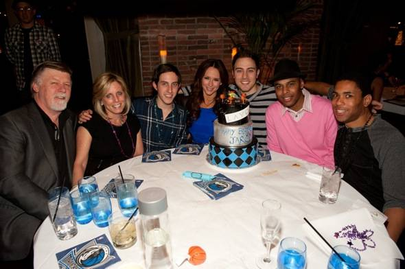 Haute Event: Jennifer Love Hewitt Helps Boyfriend Jarod Einsohn Celebrate His 28th Birthday at Lavo