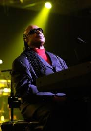 Stevie Wonder wows the crowd at Cosmopolitan for New Year's Eve.