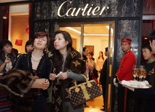 China Leads the Way in Luxury Spending