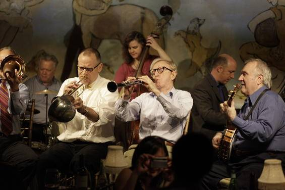 Jimmy Fallon Gives Impromptu Performance After Watching Woody Allen's Band