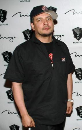 Mix-Master Mike on the red carpet at 1 OAK.