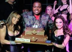 Recording artist Sean Kingston, center, celebrates his birthday at the RPM Nightclub/