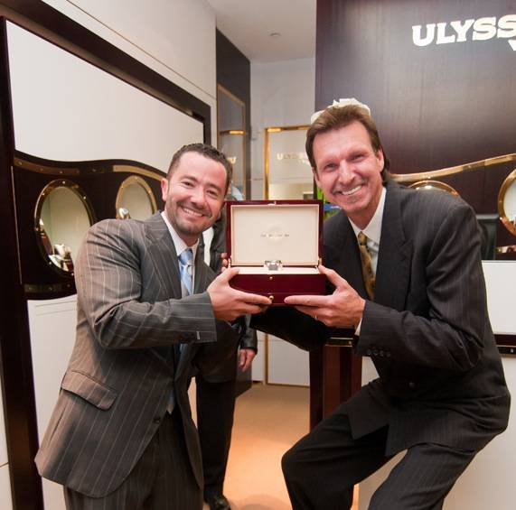 Haute 100 Miami Update: Bobby Yampolsky Plays Host to Grand Re-Opening of Cutler Altier, The Chairman Smartphone Named Best of the Best