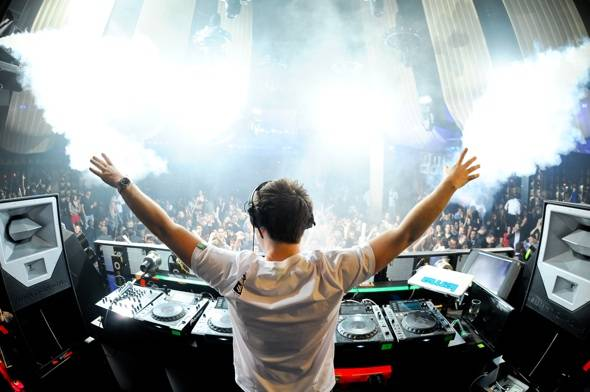 Haute Event: Mark Sanchez Takes in Hardwell at Marquee