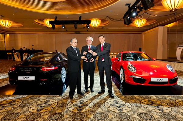 Porsche Unveils New Generation of 911 Carrera and Carrera S in Singapore