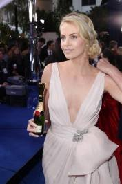 toast-for-a-cause-moet-chandon-meets-stars-of-the-screen_7