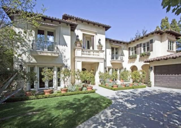Britney Spears' Home on the Market as a Probate Sale