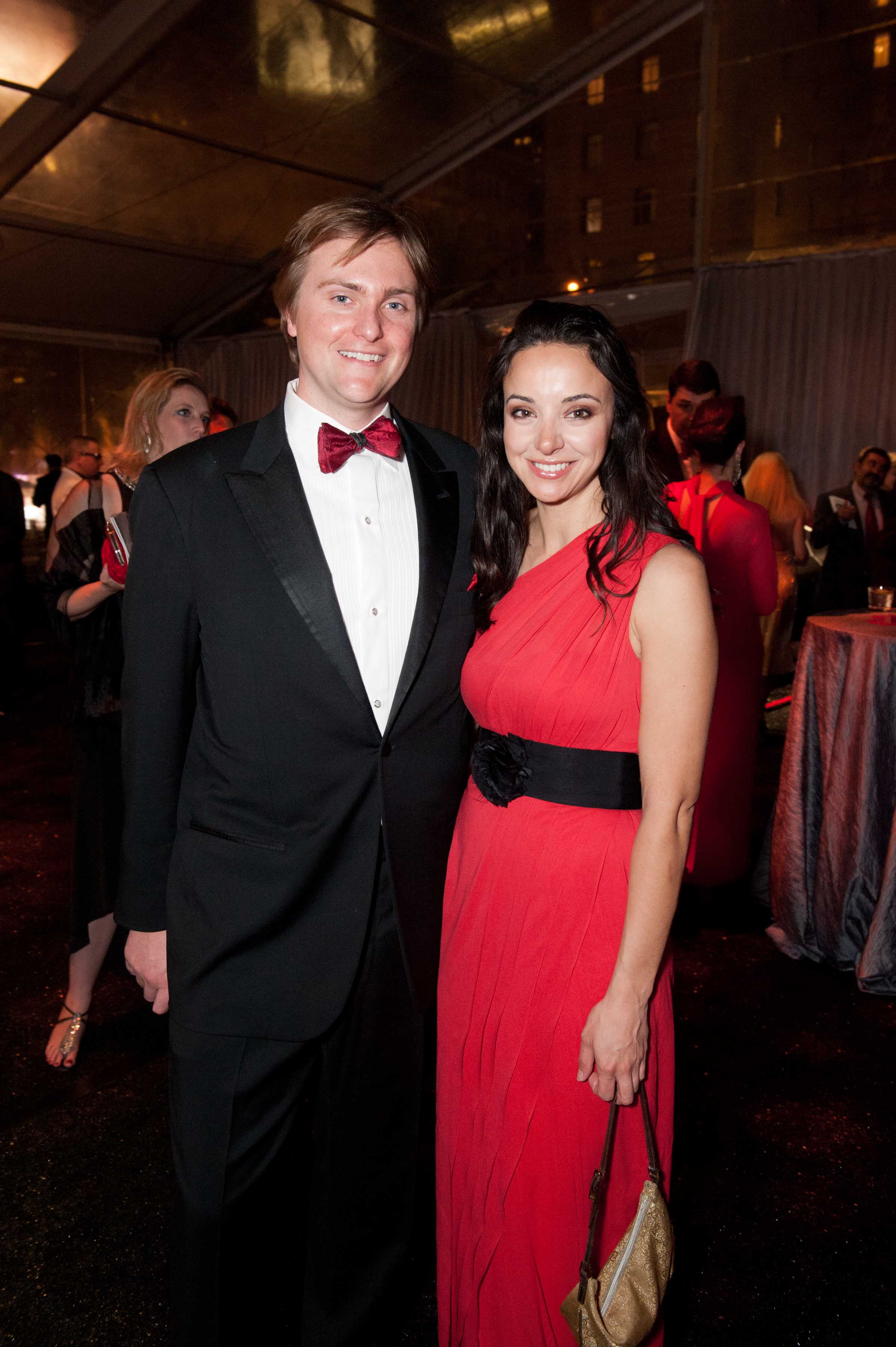 0713-Red-Cross-Gala-120303