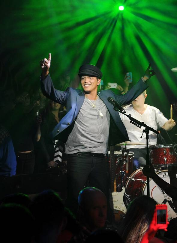 Haute Event: Bruno Mars Performs at 1 OAK