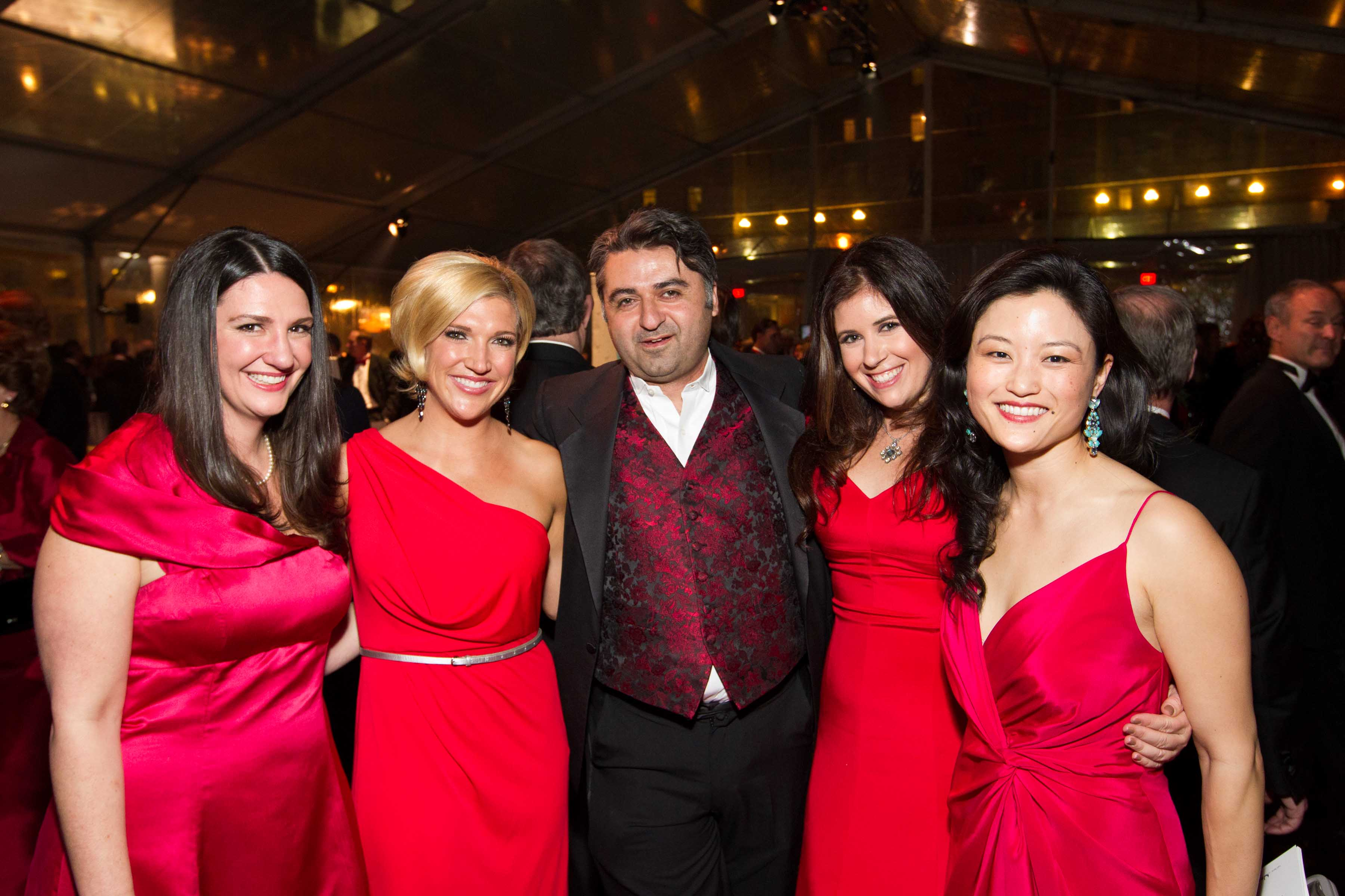 1584-Red-Cross-Gala-120303