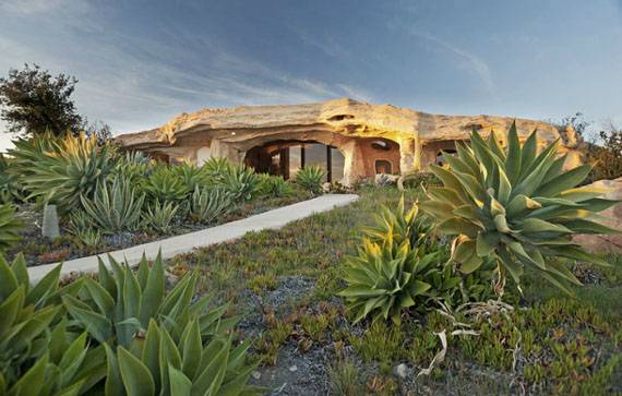 Dick Clark's $3.5 Million Dollar Malibu Home for Sale