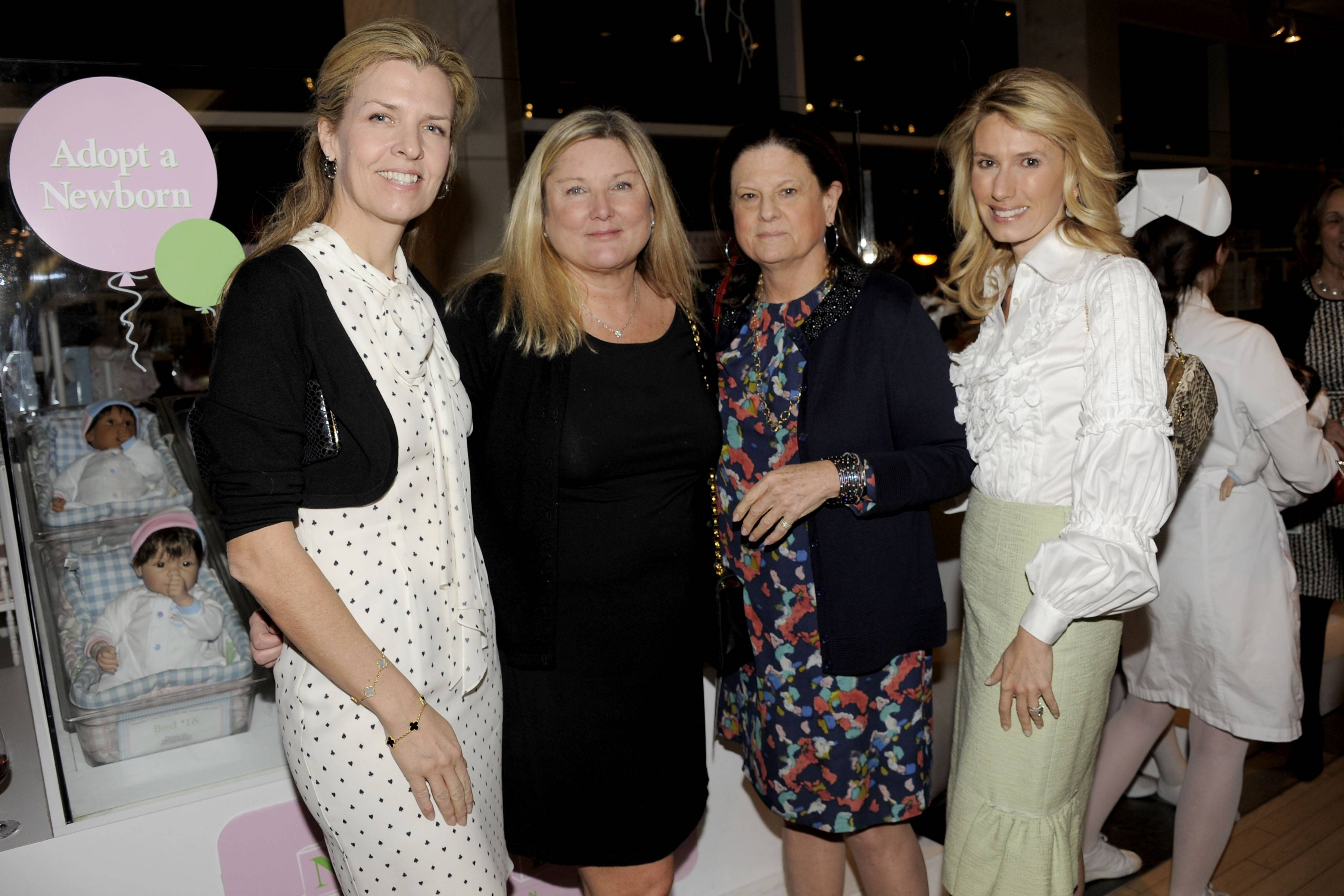Heather Leeds, Courtney Arnot, Anne Keating, Claudia Overstrom