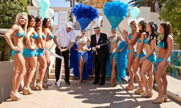 Oscar Goodman_Mark Prows_Ribbon Cutting_WET REPUBLIC