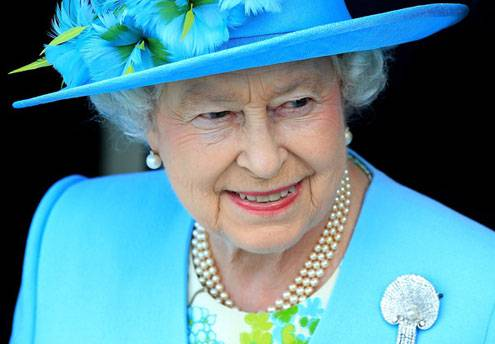 Queen Elizabeth to Open London Olympics and Paralympics