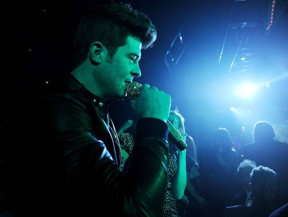 142951557DT003_Rob_Thicke_P