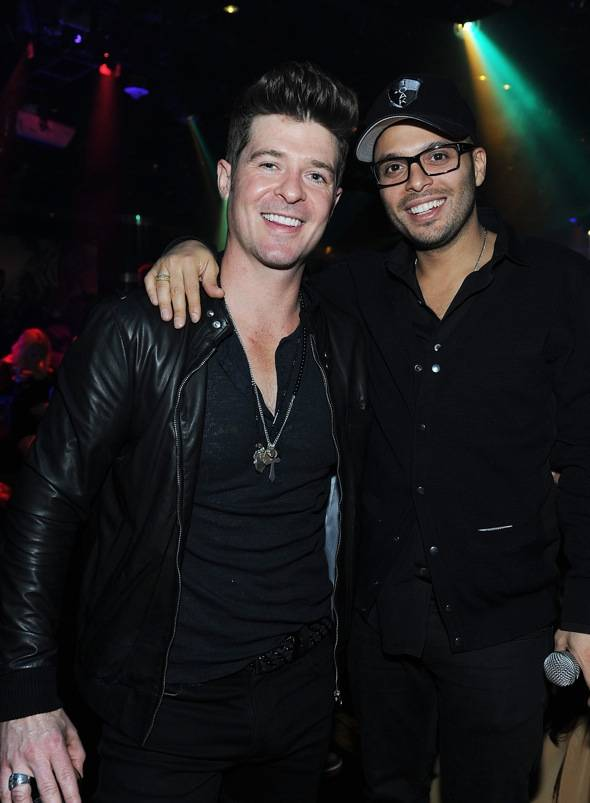 142951557DT025_Rob_Thicke_P