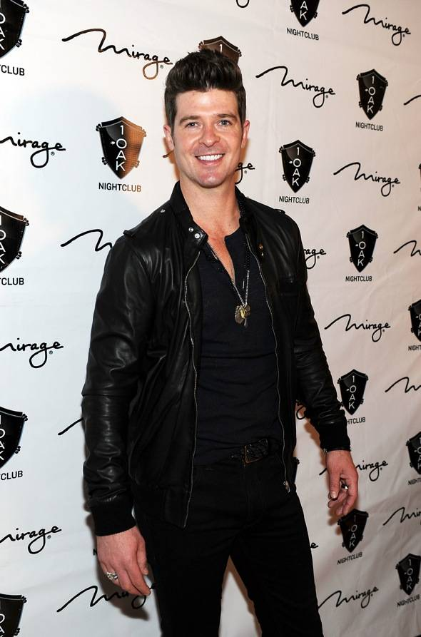 142951557DT026_Rob_Thicke_P