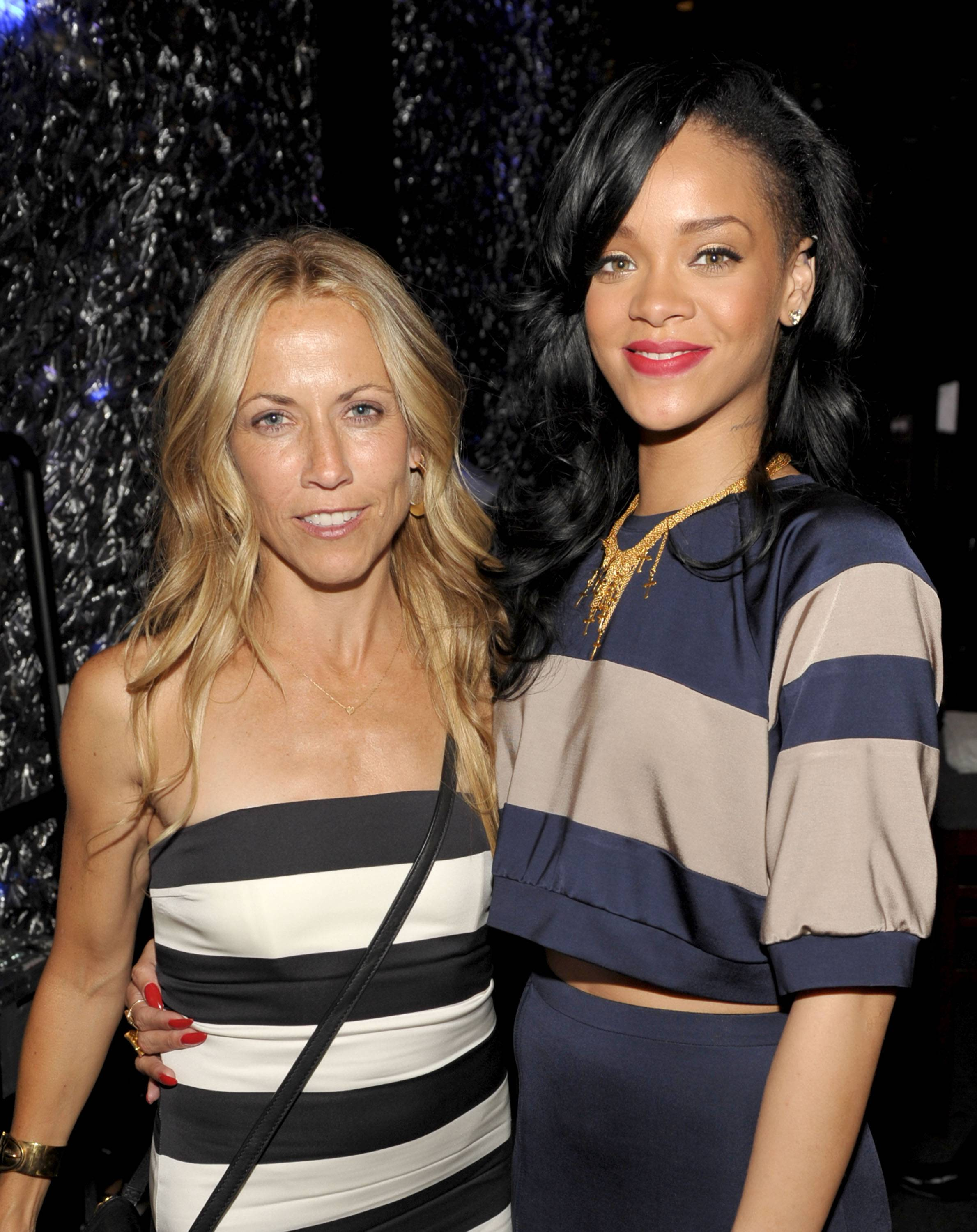 "Haute Event: ""Unforgettable Evening"" Benefiting EIF'S Women's Cancer Research Fund with Sheryl Crow and Rihanna"