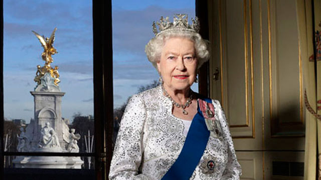 The Queen's Super Sweet-Sixty: The Stafford London To Host Diamond Jubilee Party