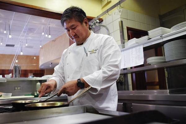 Chef Alan Wong's Book Wins Culinary Honor