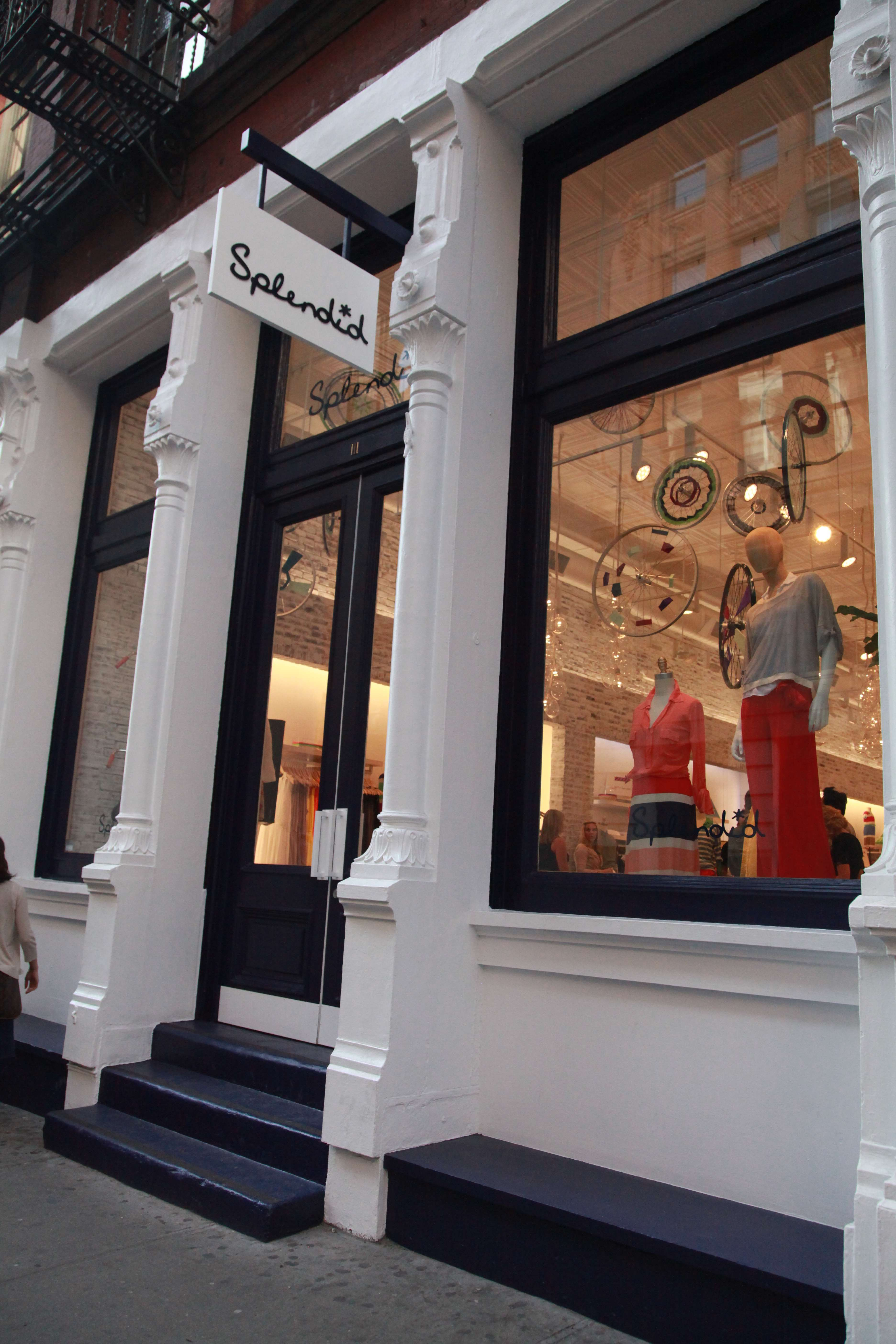 Haute Event: Splendid Opens First NYC Boutique With Dylan's Candy Bar Party