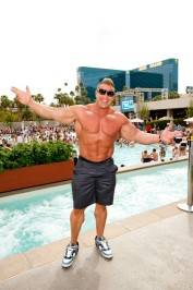 Jay Cutler at Wet Republic