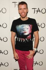 Perez Hilton on the red carpet at Tao.