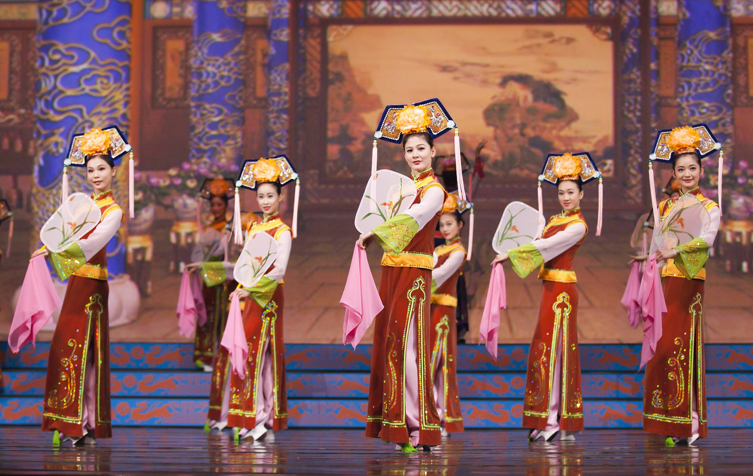 Shen Yun Performing Arts Comes to New York's Lincoln Center