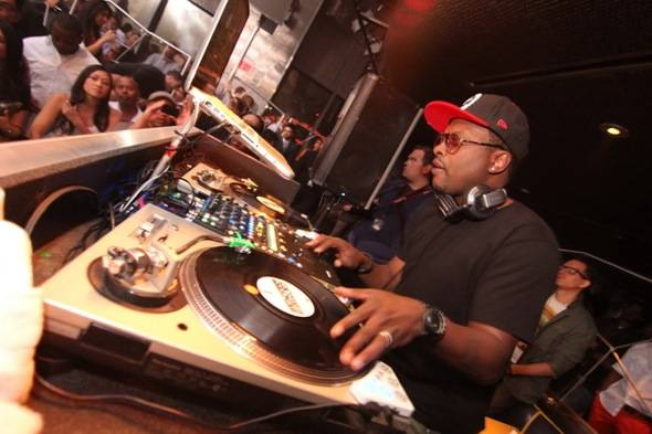 DJ Jazzy Jeff performs at Moon Nightclub 5.27.12