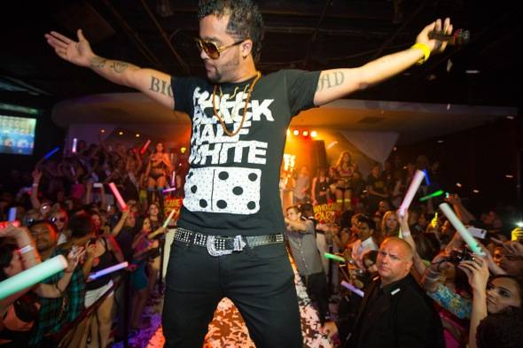 Sky Blu_Performance_PURE Nightclub
