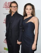 angelina-jolie-splashes-out-on-million-helicopter-for-fianc-brad-pitt_jltbh_01