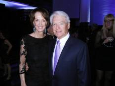 helen-schwab-and-her-husband-sfmoma-board-chairman-charles-schwab