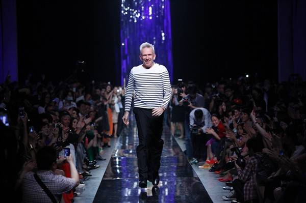 Jean Paul Gaultier Debuts A/W 12 Collection In Beijing