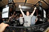 Hardwell spins at Lavo for EDC Week.