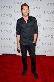 Henrick Lundqvist walks the red carpet at Lavo.