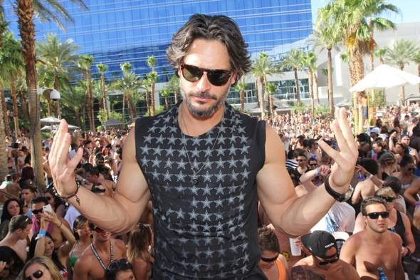 Joe Manganiello Rehab Sunday2 Photo Credit Hew Burney 6.10