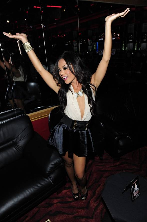 Kaylani Lei dancing