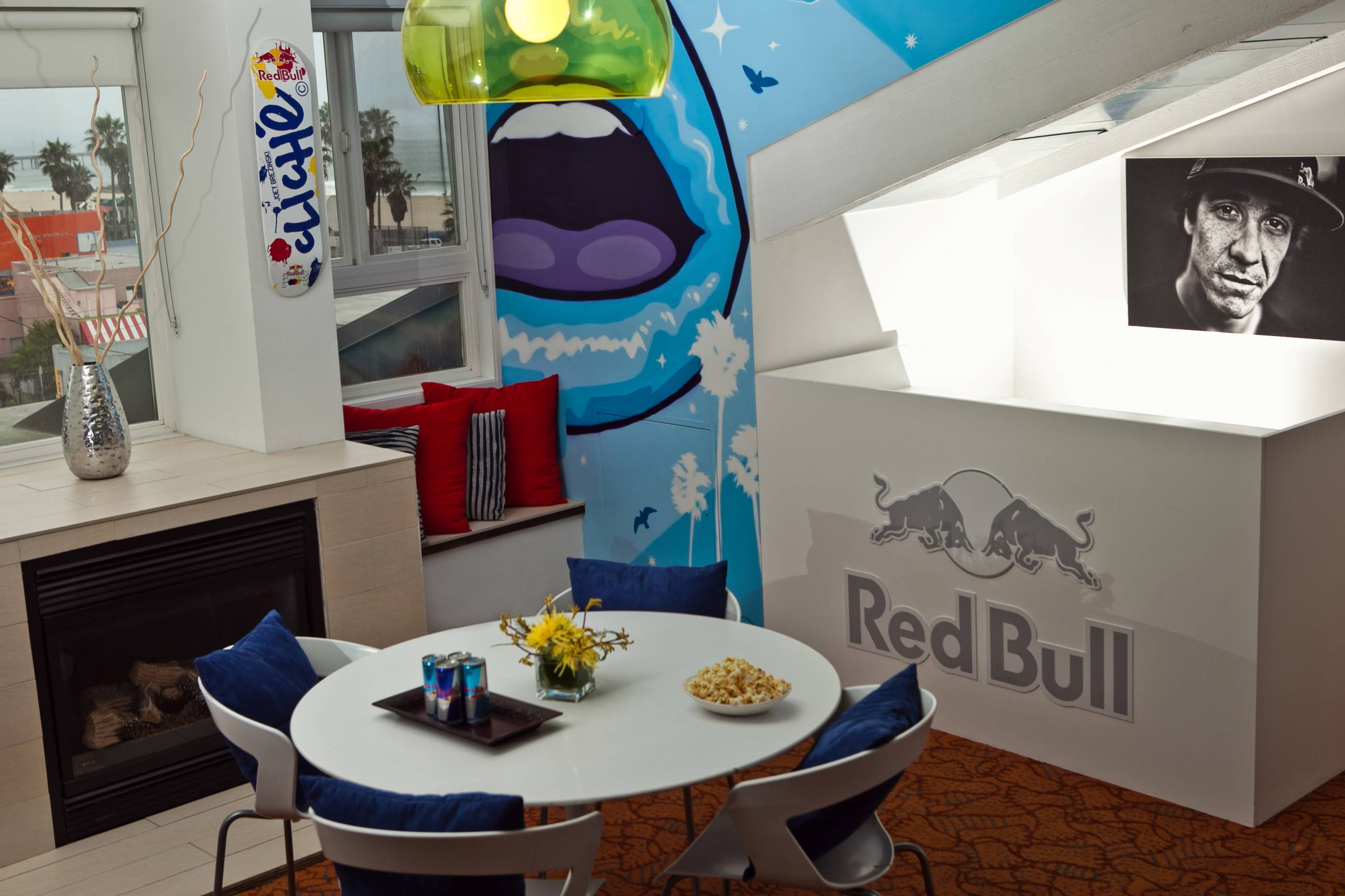 Red Bull Dogtown Suite DJ Station II