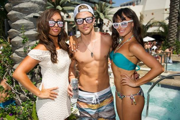 Dancing with the Stars, Cheryl Burke, Derek Hough, and Karina Smirnoff at Marquee Dayclub