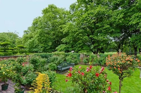 Templeton gardens