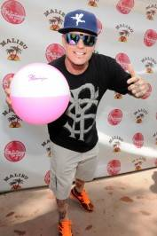 Vanilla Ice poses with Flamingo beach ball. Photos: Scott Harrison