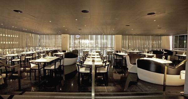 Chef roberto deiaco talks about new york 39 s armani for Armani new york