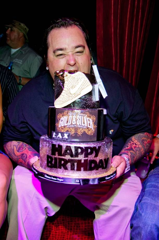 Chumlee Eating Cake_LAX Nightclub