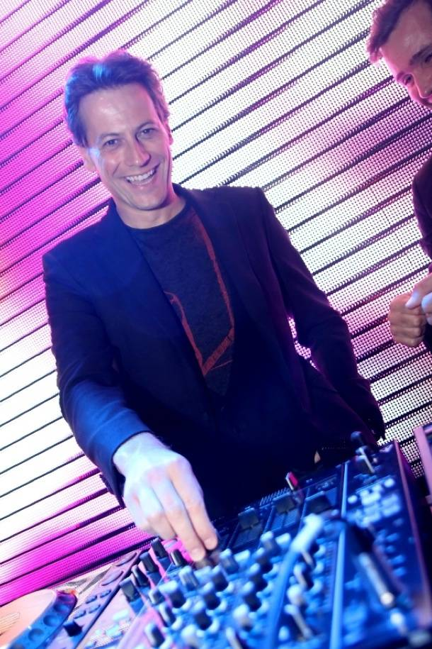 Ioan Gruffudd at Rain Nightclub in Las Vegas 9.1.12