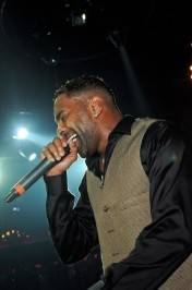 Ginuwine_LAX Nightclub_Performance 2