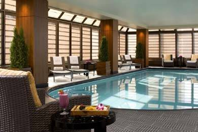 Peninsula-Spa-by-ESPA-NY-Pool2-1023x682
