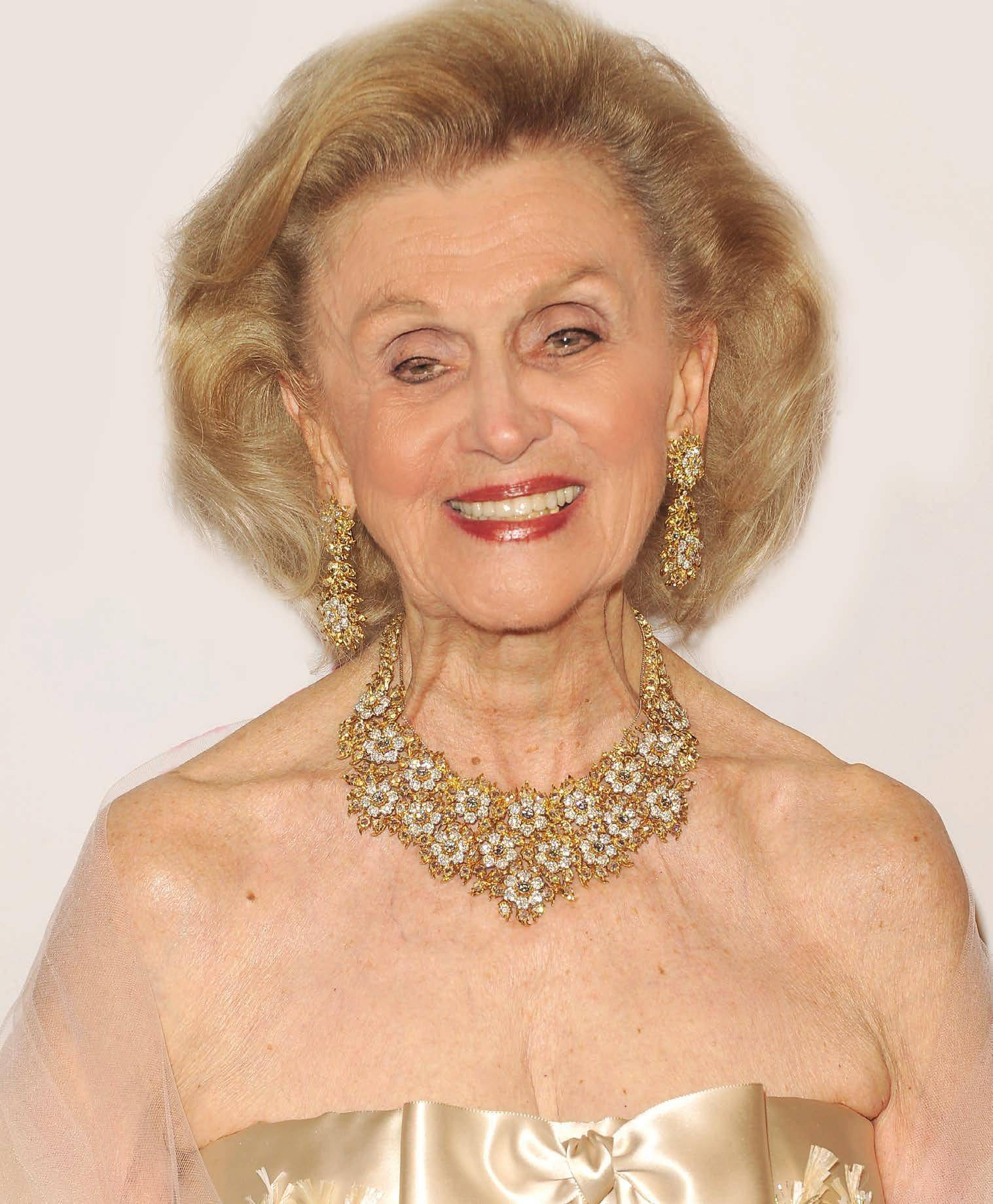 Barbara Davis Net Worth