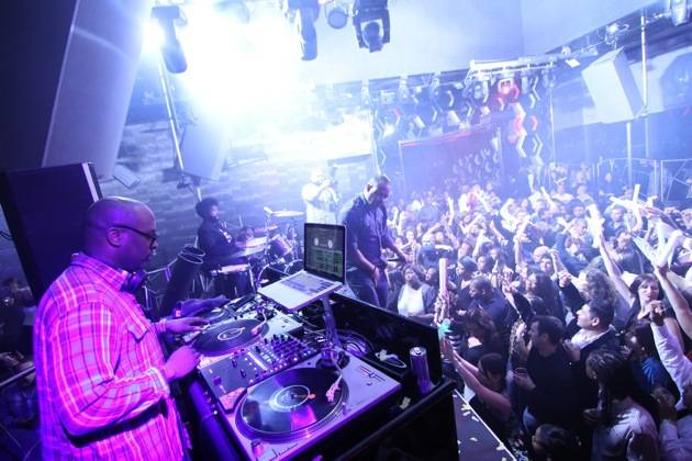 DJ Jazzy Jeff and Questlove of The Roots performing at Moon Nightclub in Palms Casino Resort credit Joe Fury