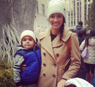 Out showing my kiddos the Big Tree in Rockefeller Center! Merry Christmas. —Porschla Kidd