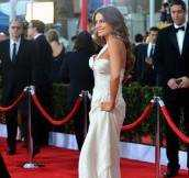 Sophia Vergara Wears $1 Million Worth of Jewlery to SAG Awards + Best Dressed Beauties
